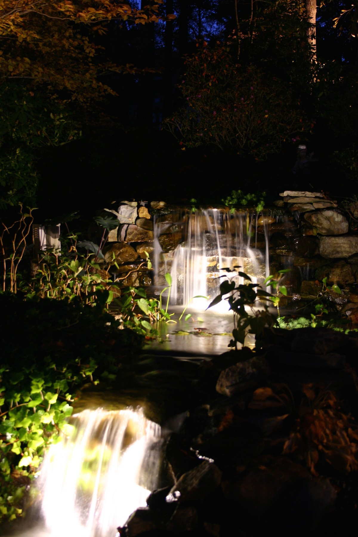 Waterfall lighting-Virginia Outdoor