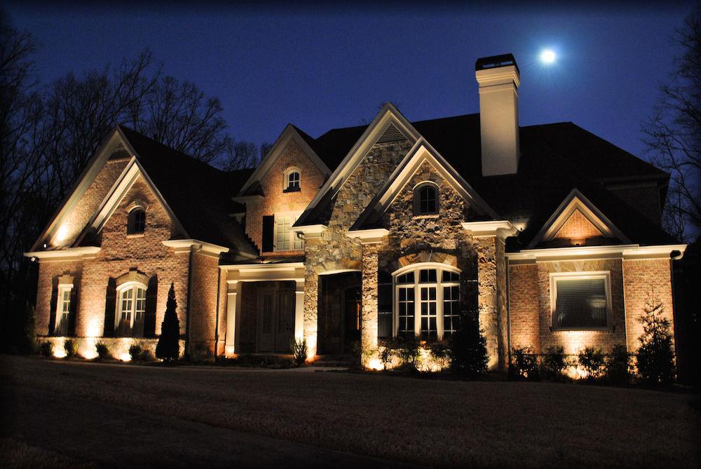virginia-outdoor-lighting-stone-house-1